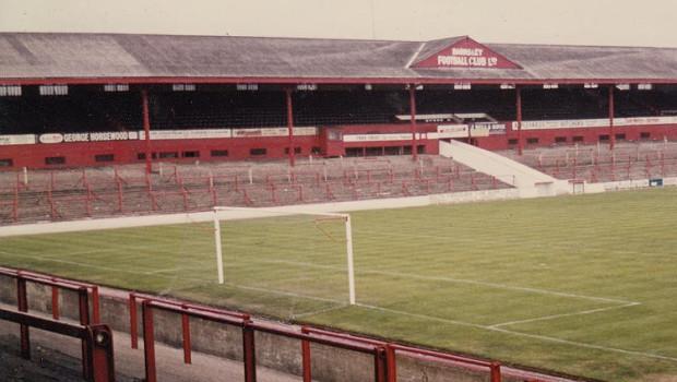 barnsley-oakwell-stadium-west-stand-1-1970s-legendary-football-grounds